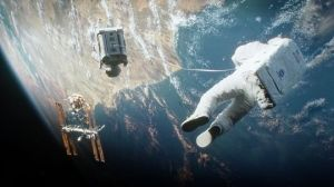 1380822673000-AP-FILM-REVIEW-GRAVITY-58845098