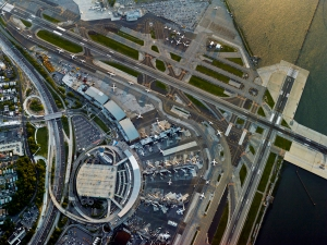 jeffrey-milstein-airports-lga-1