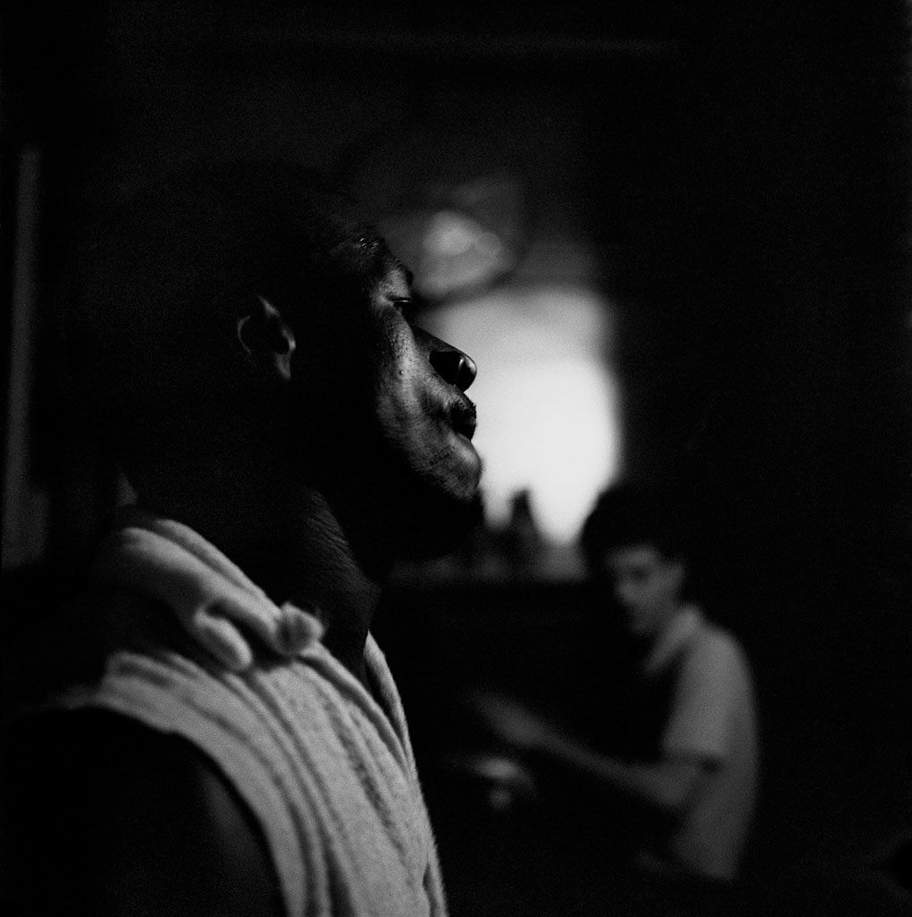 04_34_Beatnicks__8_night_P-8
