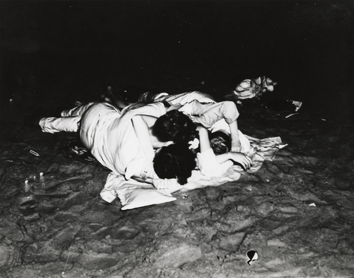 sfmoma-exposed-10-weegee-lo