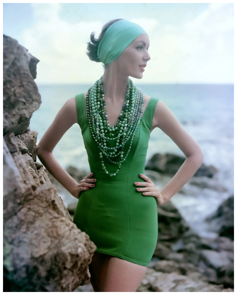 lucinda-hollingsworth-green_swimsuit-photo-tom-palumbo1
