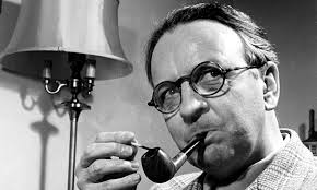 Raymond Chandler with pipe